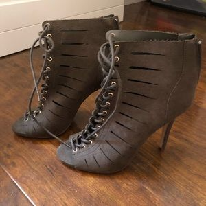 Green lace up heels. Forever 21